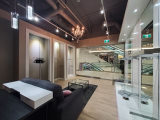 Photo 6: 2190 4000 NO. 3 Road in Richmond: West Cambie Retail for lease : MLS®# C8034292