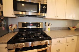 Photo 8: CARLSBAD WEST Manufactured Home for sale : 2 bedrooms : 7104 San Bartolo #10 in Carlsbad