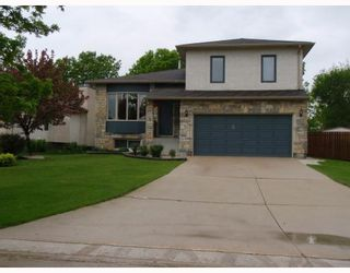 Photo 1: 86 CIVIC Street in WINNIPEG: Charleswood Residential for sale (South Winnipeg)  : MLS®# 2810384