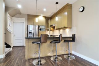 """Photo 7: 39 7298 199A Street in Langley: Willoughby Heights Townhouse for sale in """"York"""" : MLS®# R2542570"""