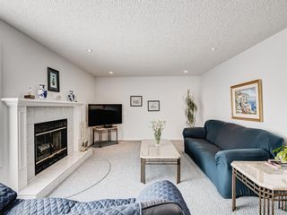 Photo 16: 54 Signature Close SW in Calgary: Signal Hill Detached for sale : MLS®# A1124573