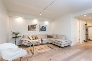 """Photo 5: 402 130 E 2ND Street in North Vancouver: Lower Lonsdale Condo for sale in """"The Olympic"""" : MLS®# R2497879"""