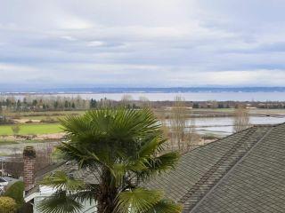 "Photo 3: 217 MORNINGSIDE Drive in Delta: Pebble Hill House for sale in ""MORNINGSIDE"" (Tsawwassen)  : MLS®# R2431224"