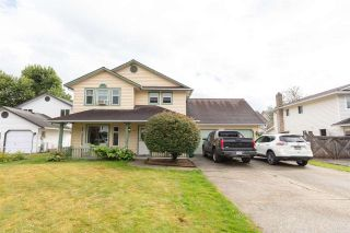 Photo 1: 34848 SANDON Place in Abbotsford: Abbotsford East House for sale : MLS®# R2487163