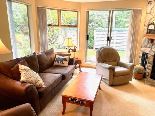 """Photo 4: 6 4636 BLACKCOMB Way in Whistler: Benchlands Townhouse for sale in """"Gleneagles"""" : MLS®# R2619052"""