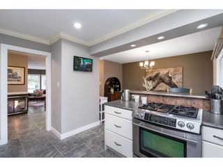 """Photo 12: 21387 87B Avenue in Langley: Walnut Grove House for sale in """"Forest Hills"""" : MLS®# R2585075"""