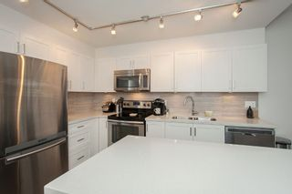 """Photo 26: 204 6706 192 Diversion in Surrey: Clayton Townhouse for sale in """"One92"""" (Cloverdale)  : MLS®# R2070967"""