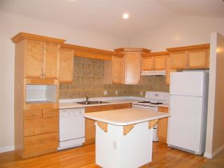 Photo 3: 4 638 COQUIHALLA Street in Hope: Hope Center 1/2 Duplex for sale : MLS®# R2124027