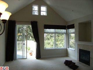 """Photo 4: 402 15350 16A Avenue in Surrey: King George Corridor Condo for sale in """"Ocean Bay Villas"""" (South Surrey White Rock)  : MLS®# F1012480"""