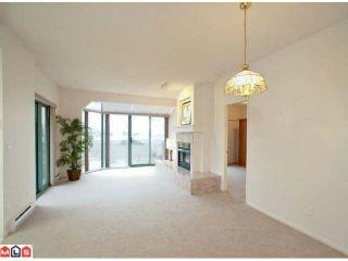 Photo 3: 402 1725 MARTIN Drive in Surrey: Sunnyside Park Surrey Home for sale ()  : MLS®# F1208153