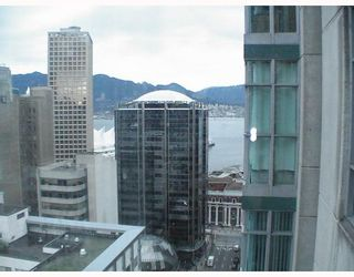 """Photo 3: 2103 438 SEYMOUR Street in Vancouver: Downtown VW Condo for sale in """"CONFERENCE PLAZA"""" (Vancouver West)  : MLS®# V813735"""