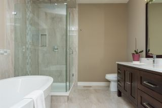 Photo 14: 19881 71 AVENUE in Langley: Willoughby Heights House for sale : MLS®# R2096214