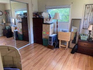 """Photo 10: 47 1840 160 Street in Surrey: King George Corridor Manufactured Home for sale in """"Breakaway Bays"""" (South Surrey White Rock)  : MLS®# R2580835"""