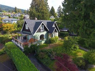 Photo 2: 2643 LAWSON Avenue in West Vancouver: Dundarave House for sale : MLS®# R2558751