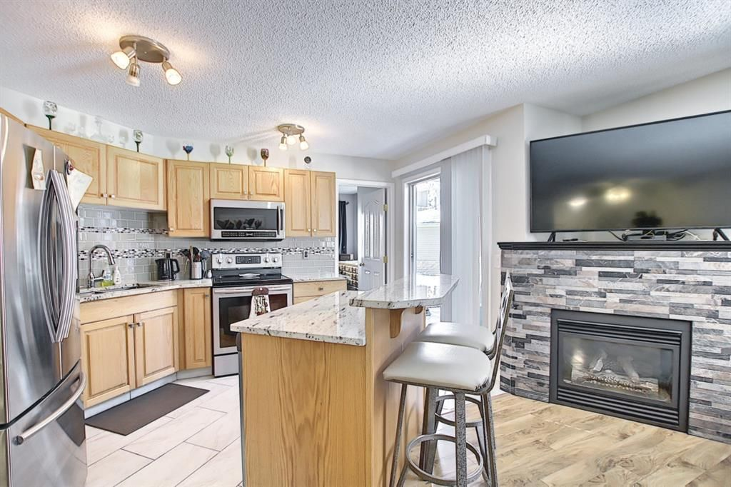 Main Photo: 105 5105 Valleyview Park SE in Calgary: Dover Apartment for sale : MLS®# A1138950