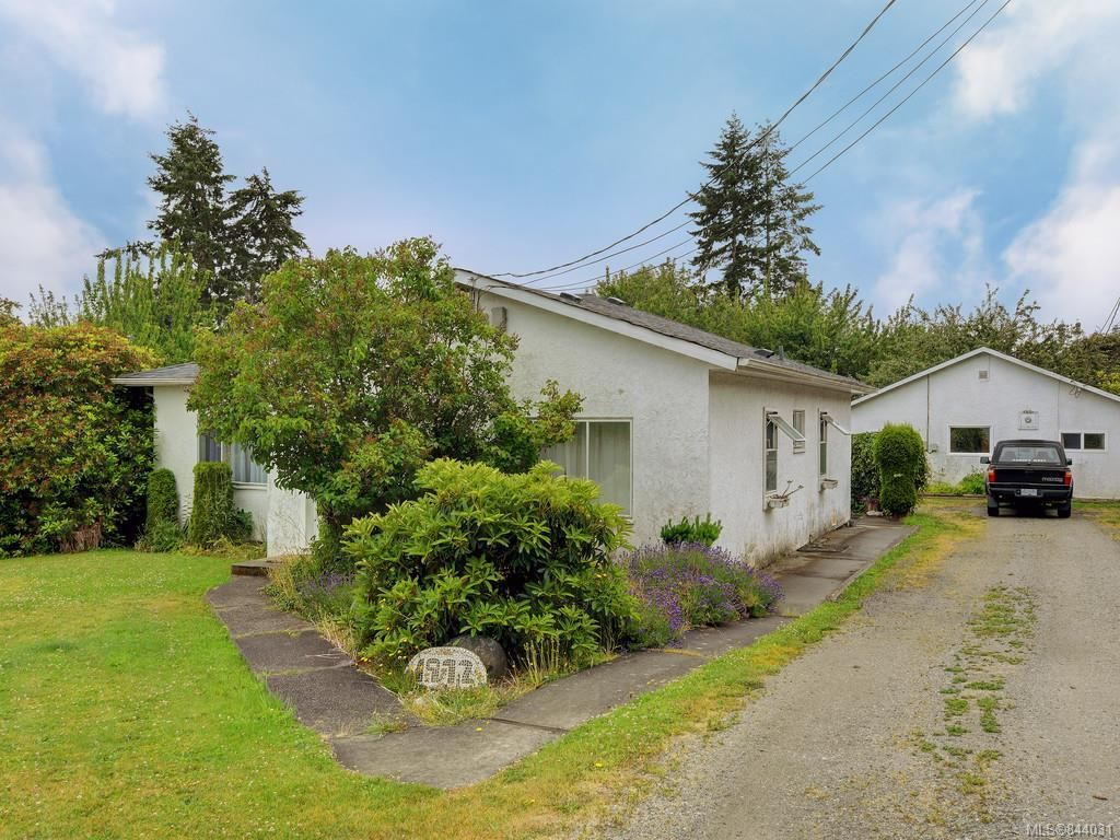 Main Photo: 1972 Murray Rd in Sooke: Sk Sooke Vill Core House for sale : MLS®# 844031
