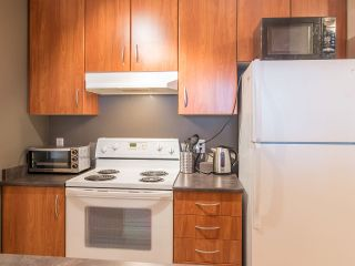 """Photo 11: 2410 3663 CROWLEY Drive in Vancouver: Collingwood VE Condo for sale in """"LATITUTDE"""" (Vancouver East)  : MLS®# R2140003"""