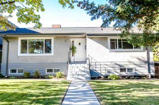 Photo 3: 7949 18TH Avenue in Burnaby: East Burnaby House for sale (Burnaby East)  : MLS®# R2116087