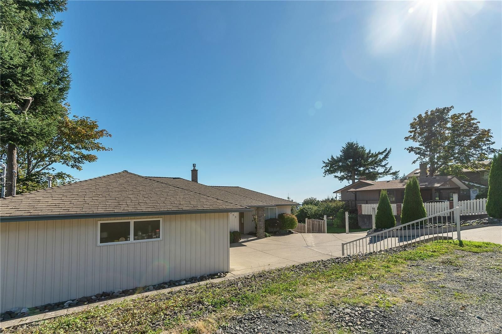 Photo 23: Photos: 253 S Alder St in : CR Campbell River South House for sale (Campbell River)  : MLS®# 857027