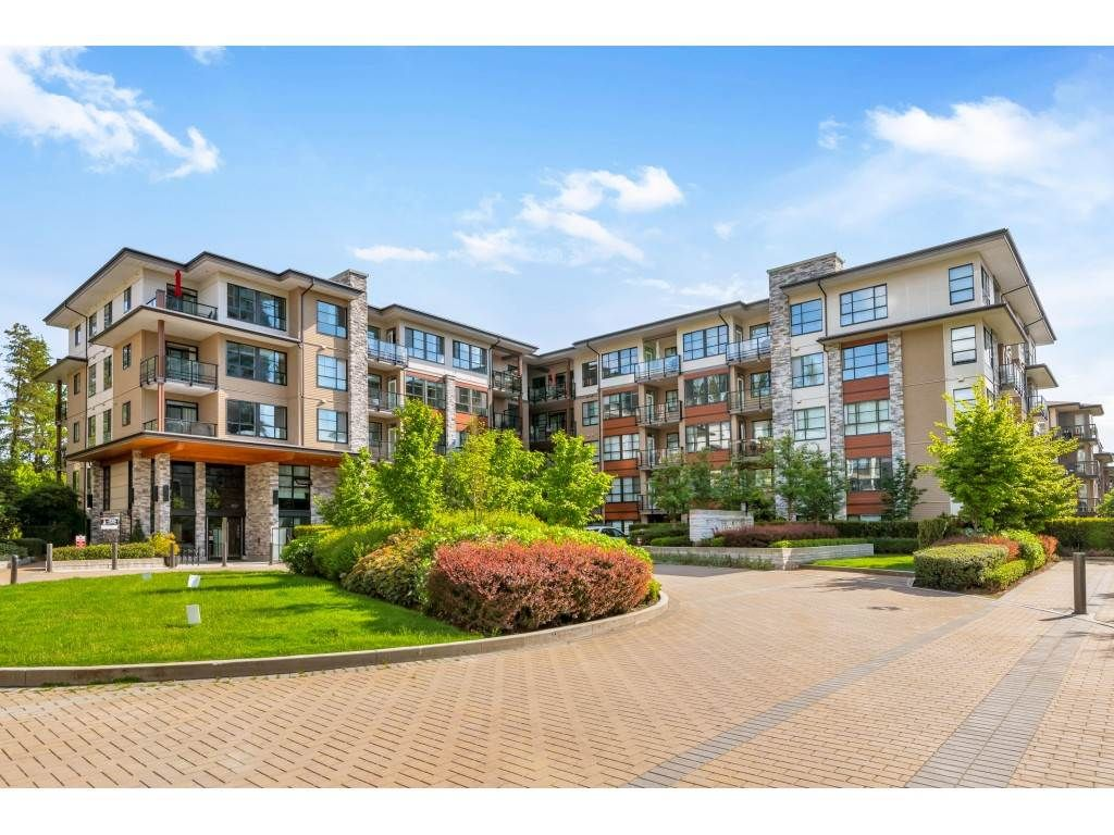 """Main Photo: 312 1152 WINDSOR Mews in Coquitlam: New Horizons Condo for sale in """"Parker House East"""" : MLS®# R2455425"""