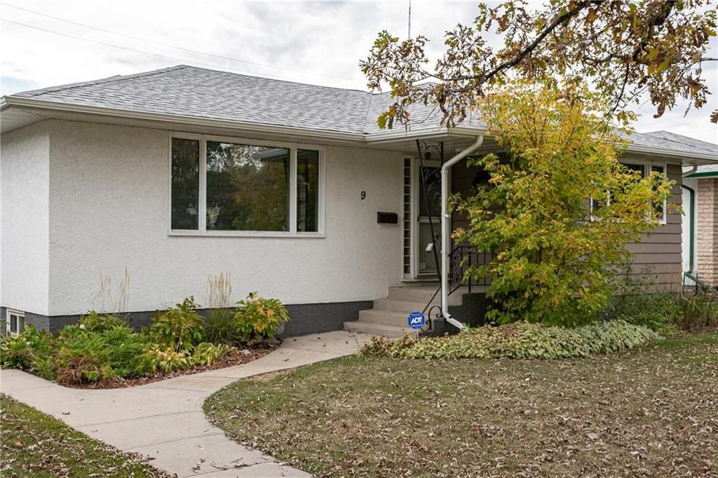 Main Photo: 9 Kenneth Street in Winnipeg: East Fort Garry Residential for sale (1J)  : MLS®# 202024668