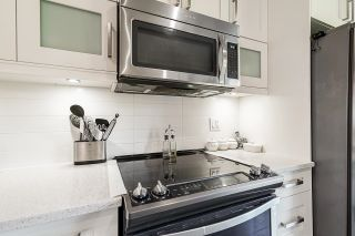 """Photo 12: 113 10151 240 Street in Maple Ridge: Albion Townhouse for sale in """"Albion Station"""" : MLS®# R2600103"""
