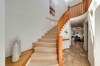 """Photo 2: 19 4900 CARTIER Street in Vancouver: Shaughnessy Townhouse for sale in """"Shaughnessy Place II"""" (Vancouver West)  : MLS®# R2570164"""