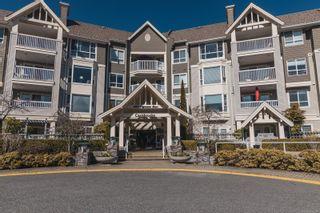 Photo 2: 103 5620 Edgewater Lane in Nanaimo: Na North Nanaimo Condo for sale : MLS®# 872598