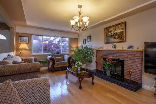 Photo 3: 7372 2ND STREET in Burnaby: East Burnaby House for sale (Burnaby East)  : MLS®# R2369395