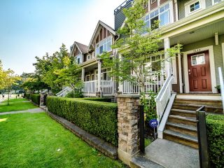 Photo 2: 7111 MONT ROYAL SQUARE in Vancouver: Champlain Heights Townhouse for sale (Vancouver East)  : MLS®# R2611026