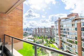 """Photo 18: 704 1450 PENNYFARTHING Drive in Vancouver: False Creek Condo for sale in """"HARBOUR COVE"""" (Vancouver West)  : MLS®# R2594220"""