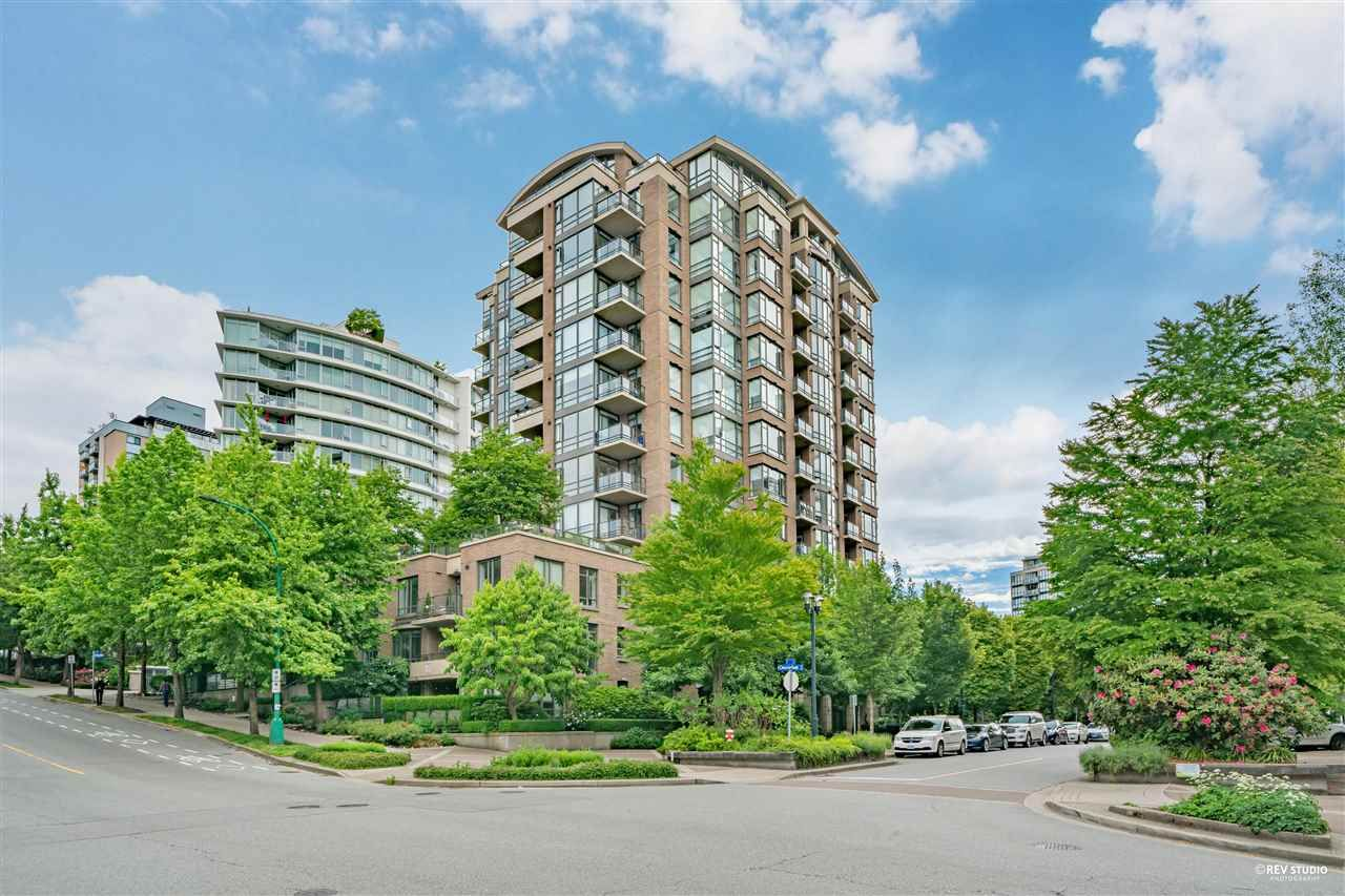 Main Photo: 1201 170 W 1ST Street in North Vancouver: Lower Lonsdale Condo for sale : MLS®# R2590563