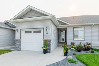 Photo 2: 37 Crystal Drive: Oakbank Residential for sale (R04)  : MLS®# 202119213