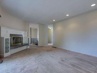 Photo 9: 2058 Saltair Pl in : SE Gordon Head House for sale (Saanich East)  : MLS®# 867531