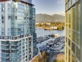 "Photo 3: 1305 588 BROUGHTON Street in Vancouver: Coal Harbour Condo for sale in ""HARBOURSIDE PARK"" (Vancouver West)  : MLS®# R2547204"