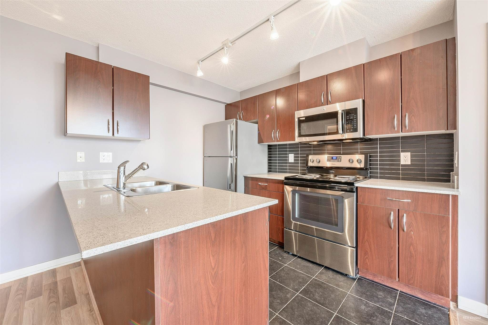 """Main Photo: 1206 933 HORNBY Street in Vancouver: Downtown VW Condo for sale in """"ELECTRIC AVENUE"""" (Vancouver West)  : MLS®# R2605063"""