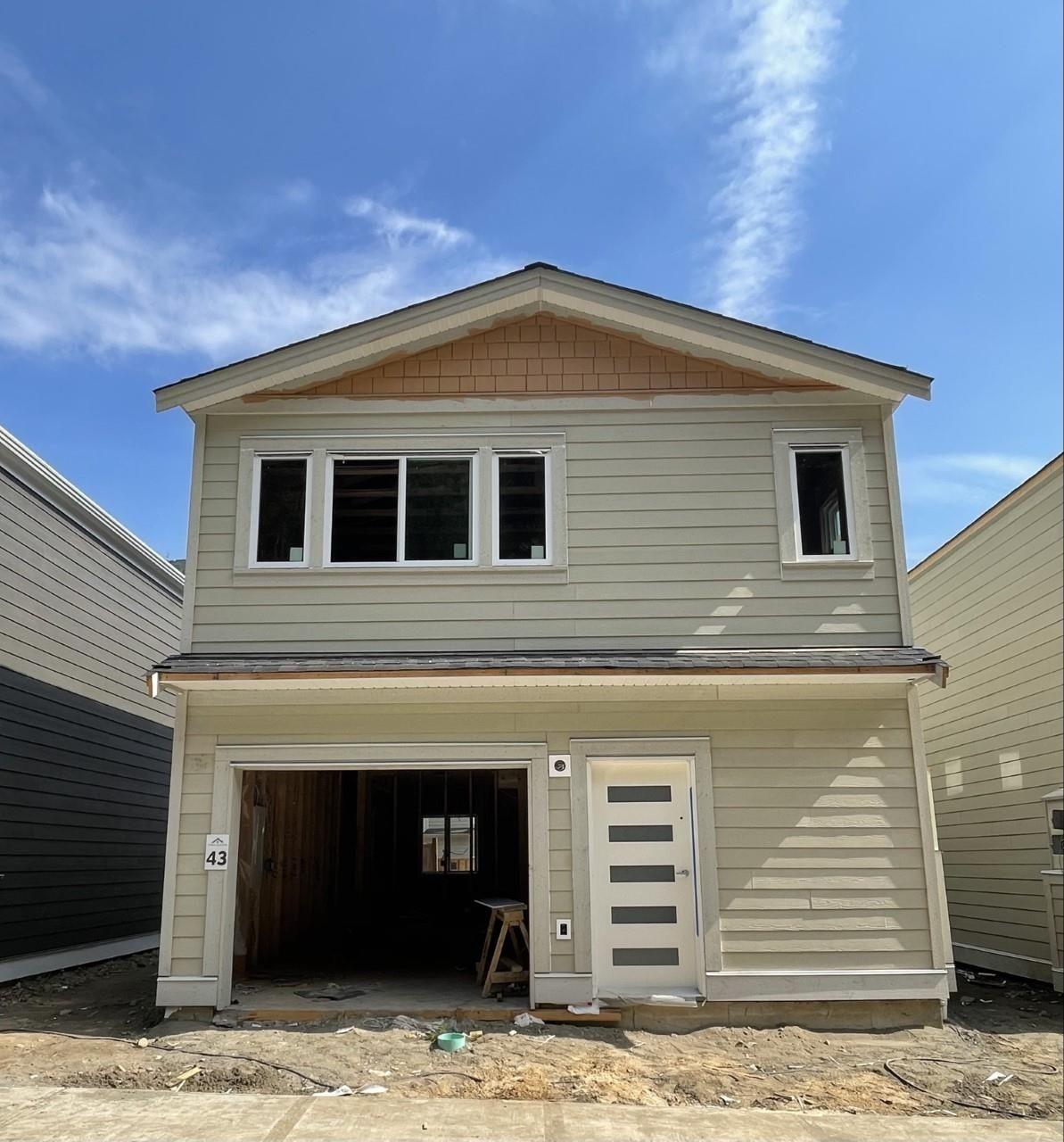 "Main Photo: 43 750 HOT SPRINGS Road: Harrison Hot Springs House for sale in ""Terra Estates"" : MLS®# R2613976"