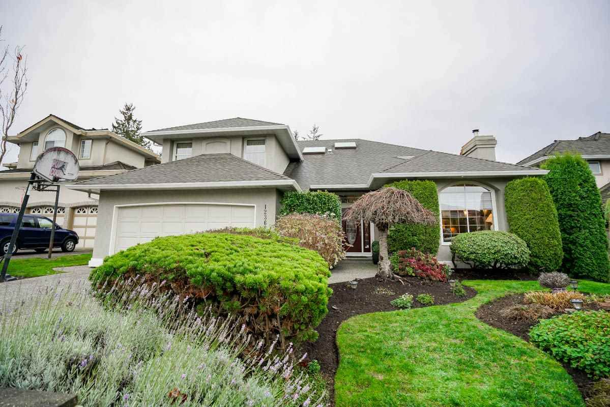 """Main Photo: 12362 63A Avenue in Surrey: Panorama Ridge House for sale in """"Boundary Park"""" : MLS®# R2124383"""