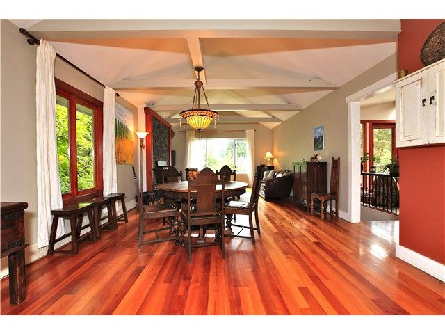 Photo 5: Photos: 2550 SECHELT Drive in North Vancouver: Blueridge NV House for sale : MLS®# V965349