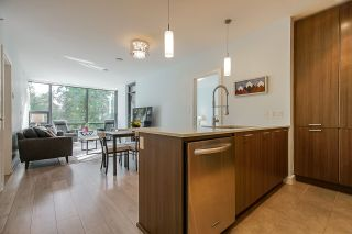 "Photo 5: 306 301 CAPILANO Road in Port Moody: Port Moody Centre Condo for sale in ""THE RESIDENCES"" : MLS®# R2438705"