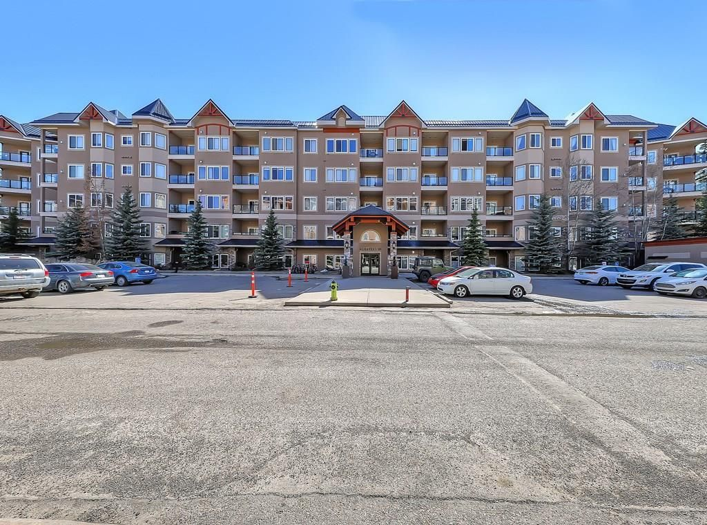 Main Photo: 115 10 Discovery Ridge Close SW in Calgary: Discovery Ridge Apartment for sale : MLS®# A1095316