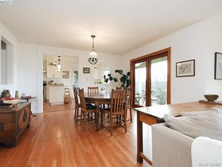 Photo 7: 1217 Mt. Newton Cross Rd in SAANICHTON: CS Inlet House for sale (Central Saanich)  : MLS®# 836296
