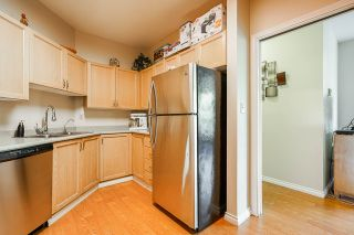 "Photo 13: 325 1150 QUAYSIDE Drive in New Westminster: Quay Condo for sale in ""The Westport"" : MLS®# R2535503"