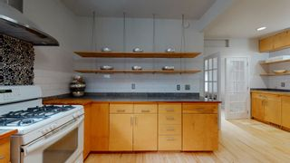 Photo 12: 10161 92 Street in Edmonton: Zone 13 House for sale : MLS®# E4262113