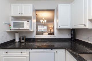 Photo 12: 104 1014 Rockland Ave in Victoria: Vi Rockland Condo for sale : MLS®# 869806