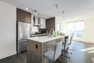 """Photo 7: 2303 3007 GLEN Drive in Coquitlam: North Coquitlam Condo for sale in """"EVERGREEN"""" : MLS®# R2569789"""