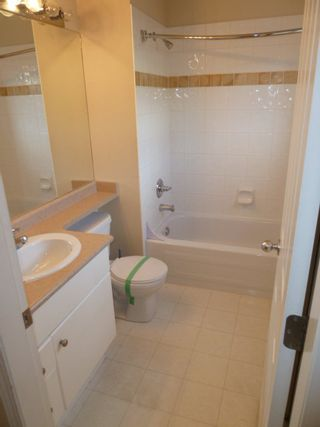 Photo 9: 44 8888 151 Street in Carlingwood: Home for sale : MLS®# F1124202