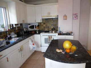 Photo 9: 2779 NANAIMO Street in Vancouver: Grandview VE House for sale (Vancouver East)  : MLS®# R2023376