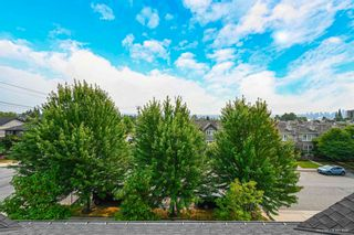 """Photo 22: 1119 ST. ANDREWS Avenue in North Vancouver: Central Lonsdale Townhouse for sale in """"St. Andrews Gardens"""" : MLS®# R2605968"""