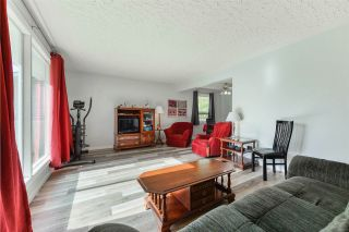 Photo 4:  in Edmonton: Zone 22 House for sale : MLS®# E4215984